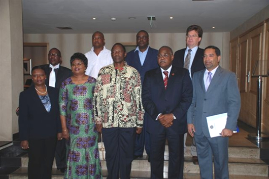 0003: Delegations from Angola and Namibia after the signature of the «Luanda Statement»