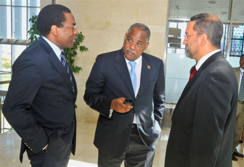 0010 RD AFRO, The Minister of Health and WR Angola during the launching of CARMMA in Luanda.jpg