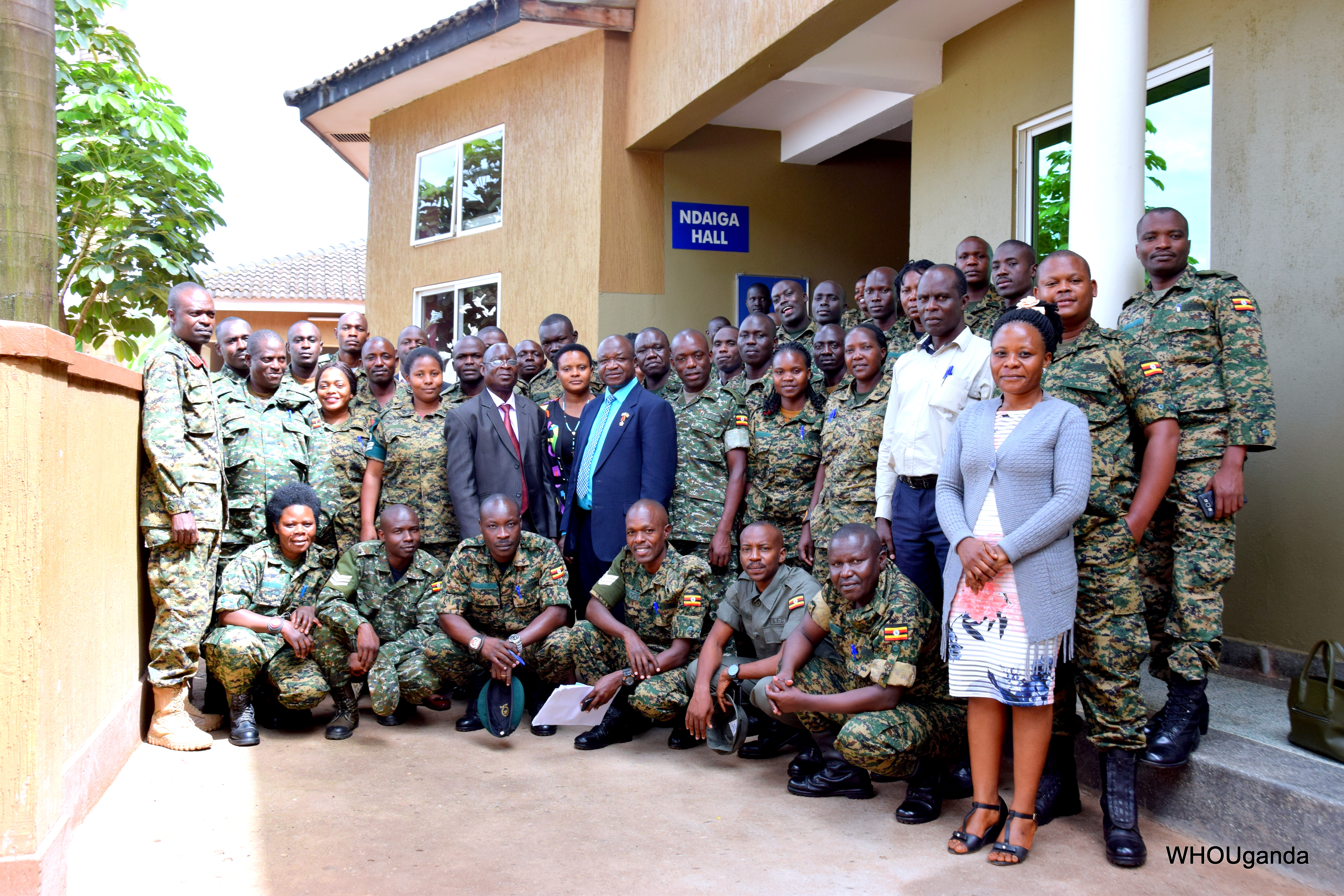 WHO and the Ministry of Health Train Members of the Armed Forces on Ebola Case Management