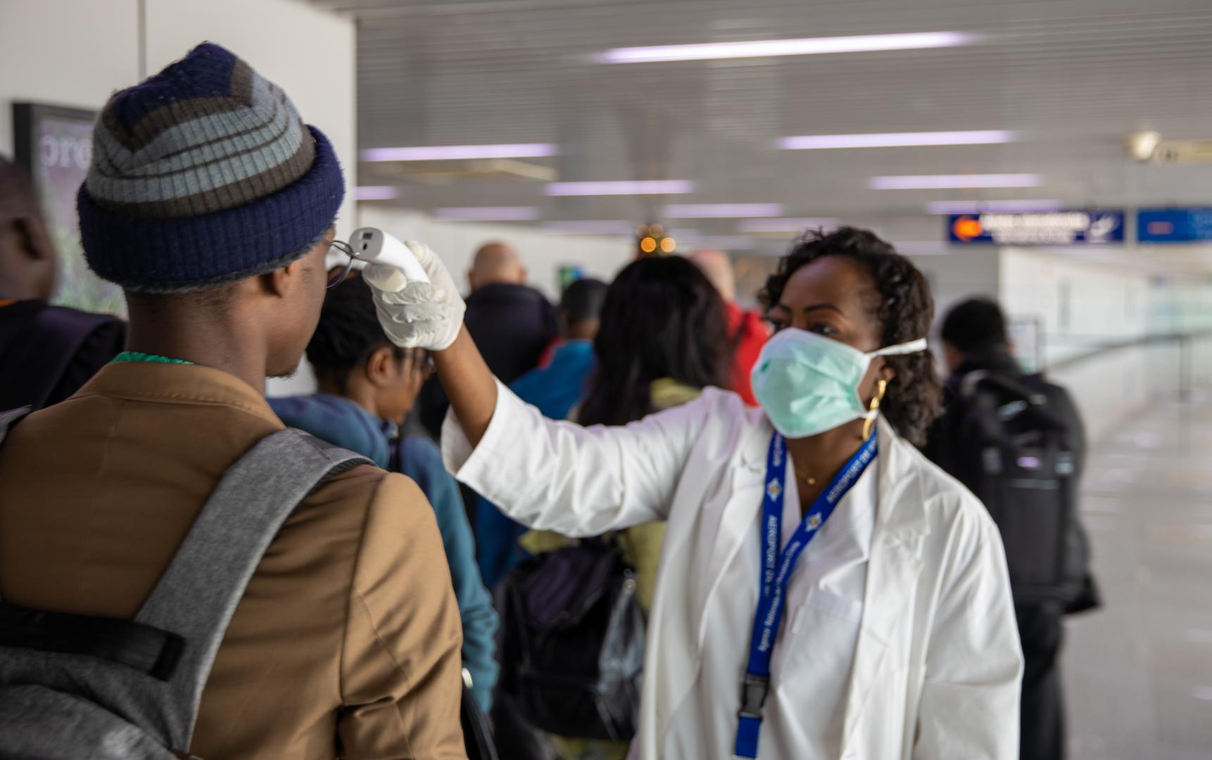 La peau noire plus résistante au coronavirus : Info ou intox ?