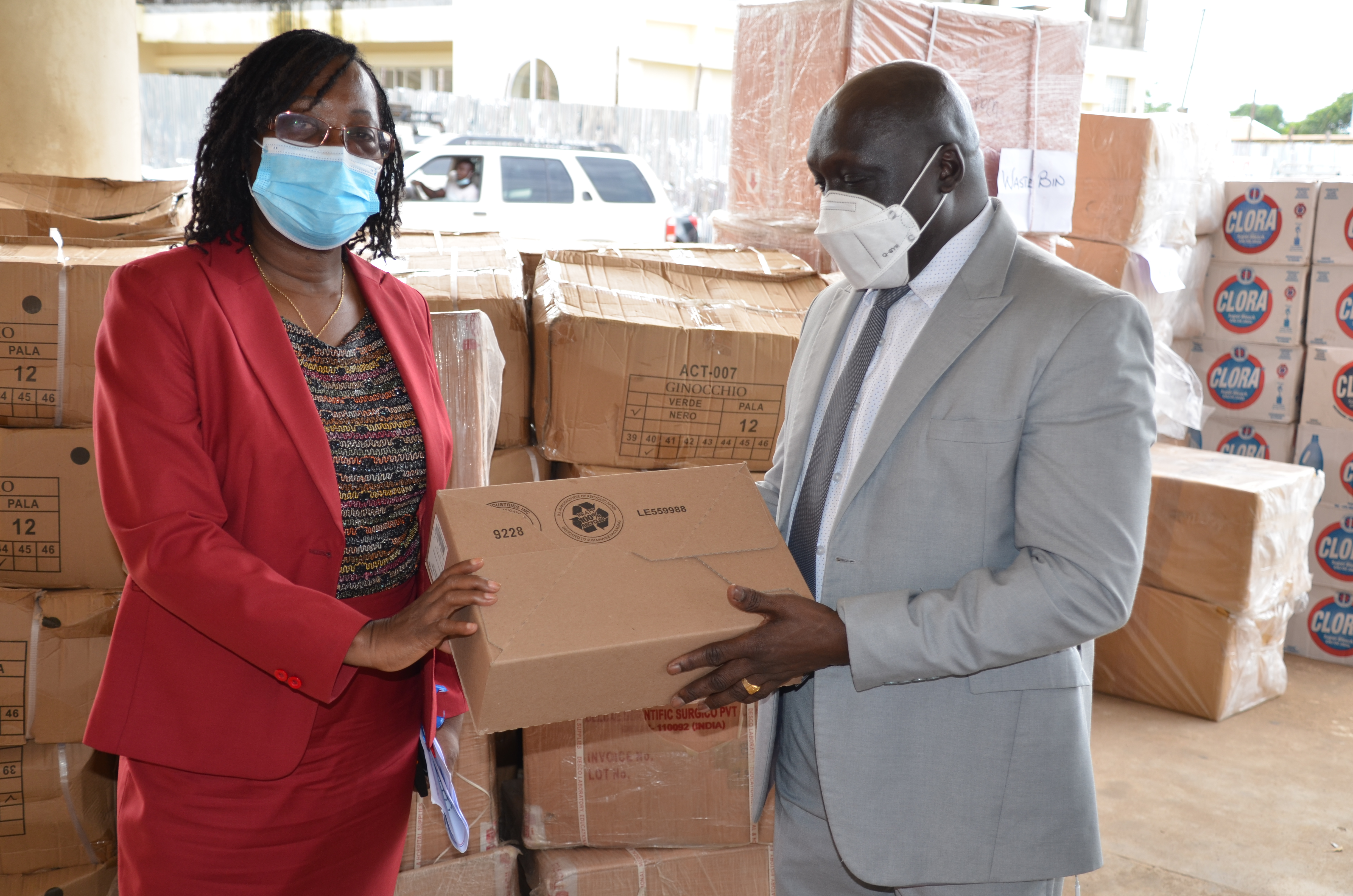 Dr. Jallah , Min. of Health and Dr. Clement, WR during the donation ceremony at MOH in Monrovia