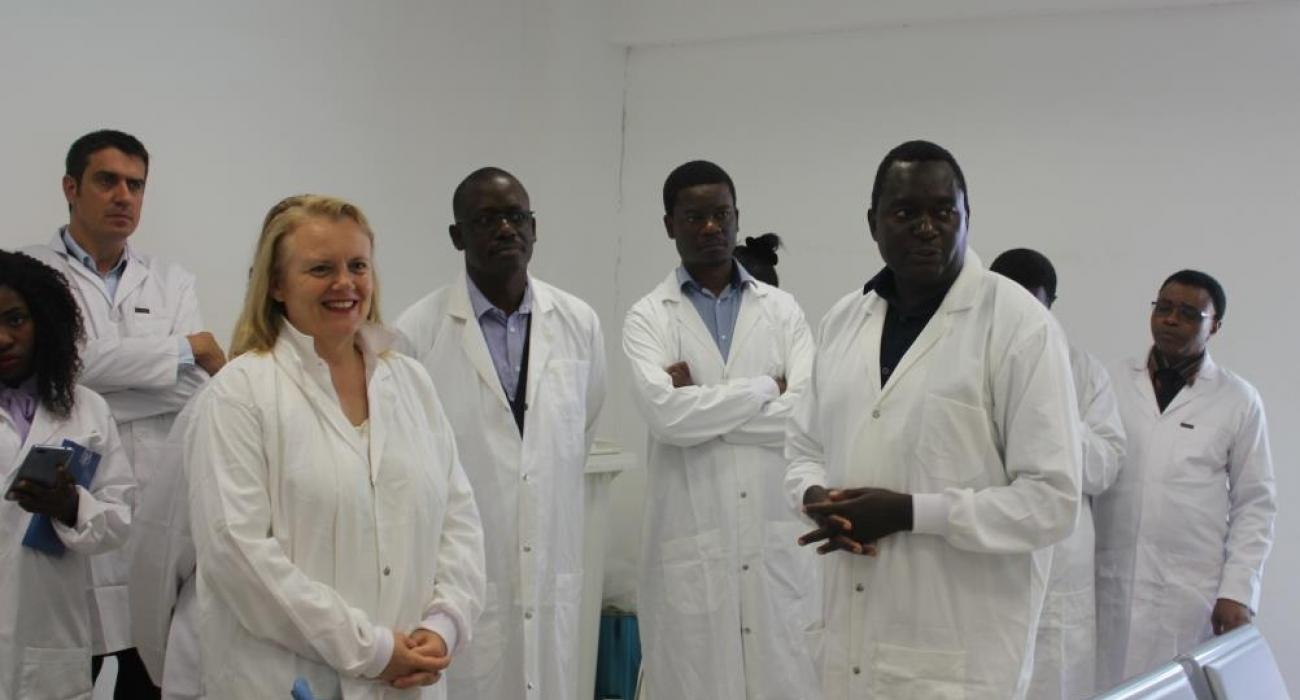 The District Director of Health for Lusaka, Dr. Namani Monze (front right) explaining the operations at the Cholera treatment hospital to  the United Nations Resident Coordinator, Ms Janet Rogan (front left), the WHO Representative, Dr. Nathan Bakyaita (second left) the deputy Head of Office of DFID in Zambia, Mr. Andrew Ockenden (far left),