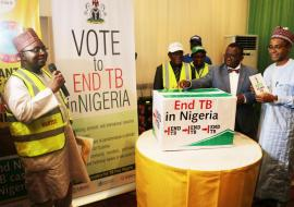 "The Honorable Minister casting his ""End TB in Nigeria"" vote during the Ministerial press briefing to commemorate the World TB Day 2018"
