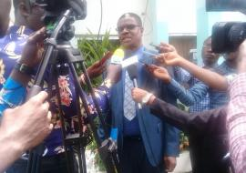 Dr Kaluwa responding to questions from a section of the media