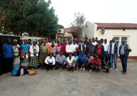 ©WHO Moçambique/Participants in the Community Surveillance Focal Points in Búzi District with staffs from WHO and DPS