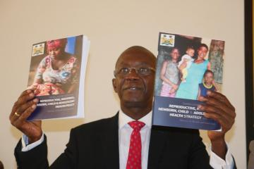 Dr Abu Bakarr Fofanah, Minister of Health and Sanitation launching the new national five-year strategy and policy for Reproductive, Maternal, Newborn, Child and Adolescent Health (RMNCAH) in Freetown