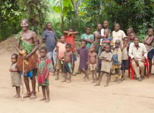 Batwa Chief Ilinga Bopope Lopaka Lomba with his grandchildren and other family members