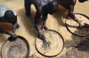 WHO: Urgent action needed to combat poisoning from artisanal gold mining in Africa