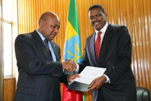Dr Boureima Hama Sambo, WHO Representative to Ethiopia, presenting his credentials to the Ethiopian State Minister of the Ministry of Foreign Affairs, His Excellency Dr Markos Tekle.