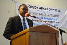 Dr Laurent Musango, WHO representative in Mauritius highlighting the fact that cancer is more likely to respond to effective treatment and can result in a greater probability of surviving, less morbidity, and less expensive treatment.