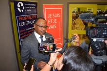 Dr Laurent Musango, WHO Representative in Mauritius, talking to the media